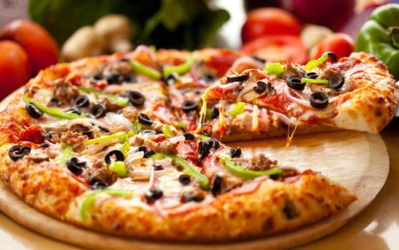 Przepis na pizzę