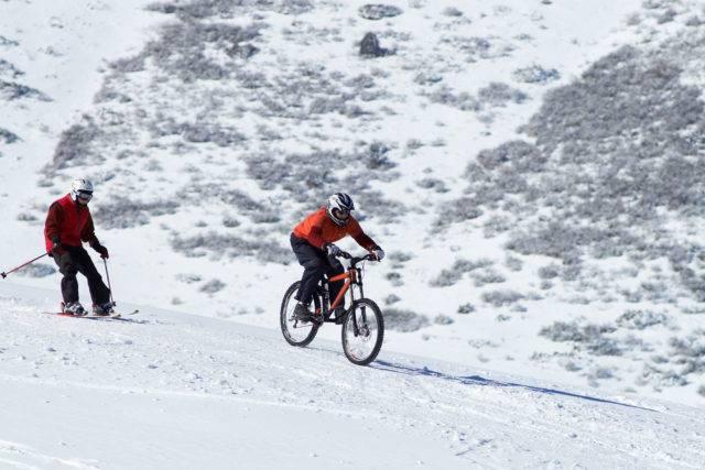 zimą na rowerze w górach