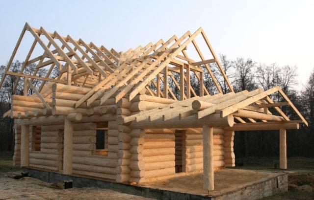 dlaczego warto budować domy drewniane z bali