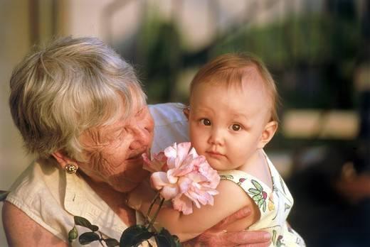 rola babci w życiu rodzinnym